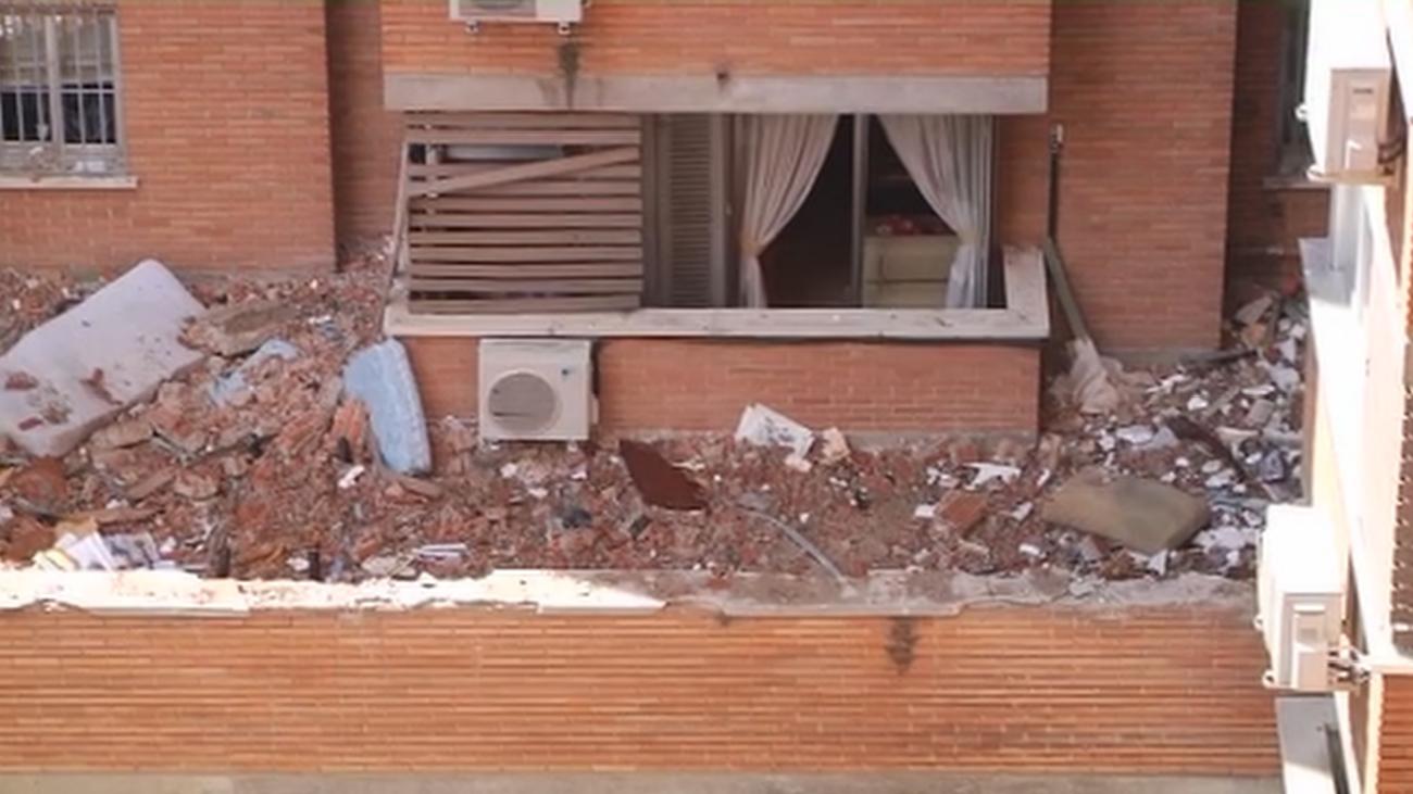 Agapito, un vecino sin ventana tras la explosión en Vallecas