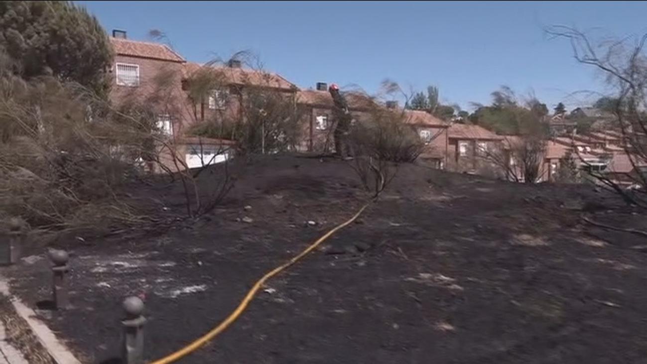Preocupación en Móstoles por la cercanía de un incendio a las viviendas