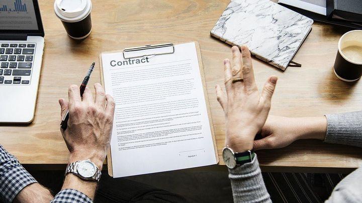 ¿Qué puedo hacer si mi contrato no se corresponde con lo pactado verbalmente?