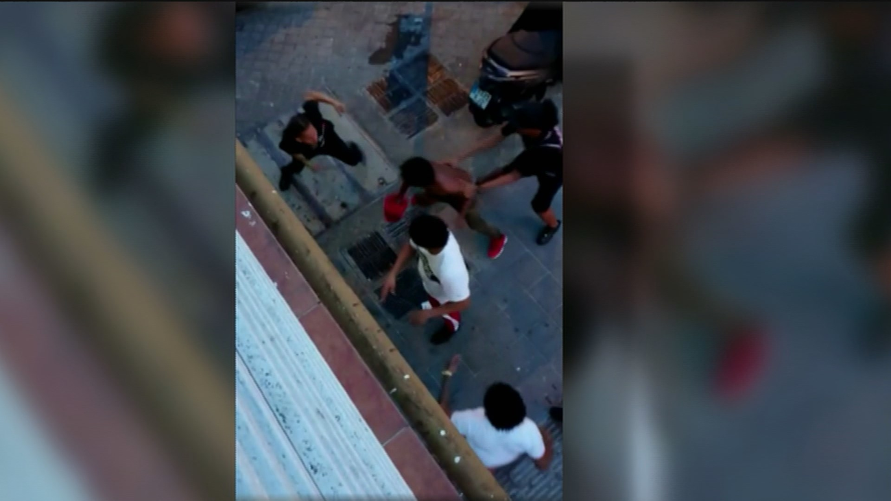 Vecinos de Puente de Vallecas, hartos de los ruidos y peleas de un bar de copas