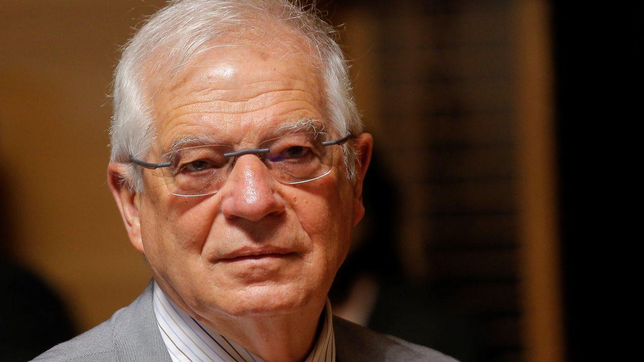 Borrell renuncia a su acta de eurodiputado y sigue de ministro en funciones