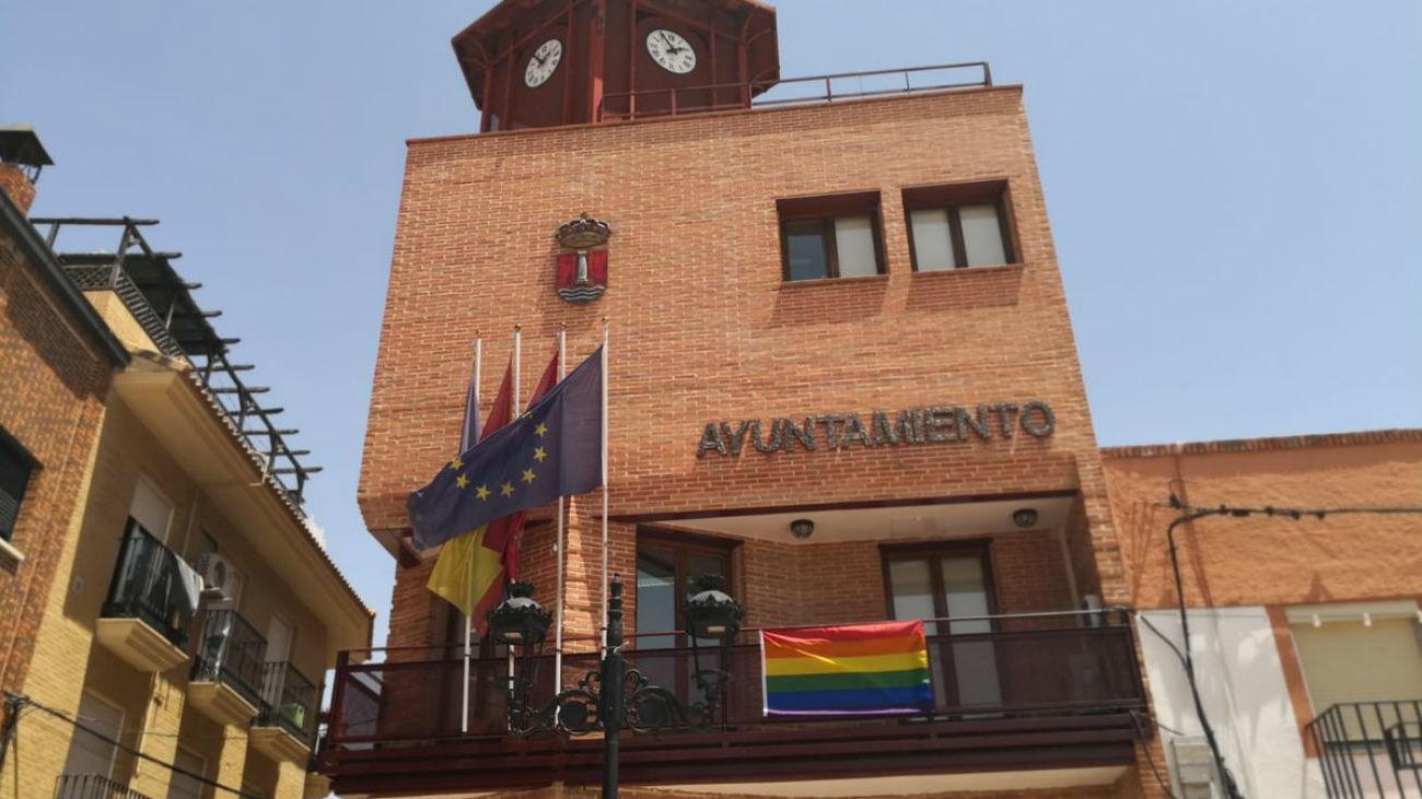 Humanes de Madrid se suma al día Internacional del Orgullo LGTBI