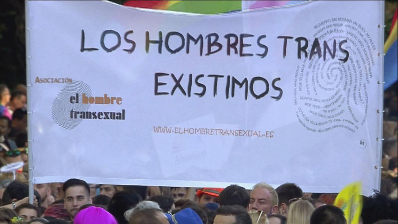Denuncian trabas burocráticas para el cambio de identidad de género