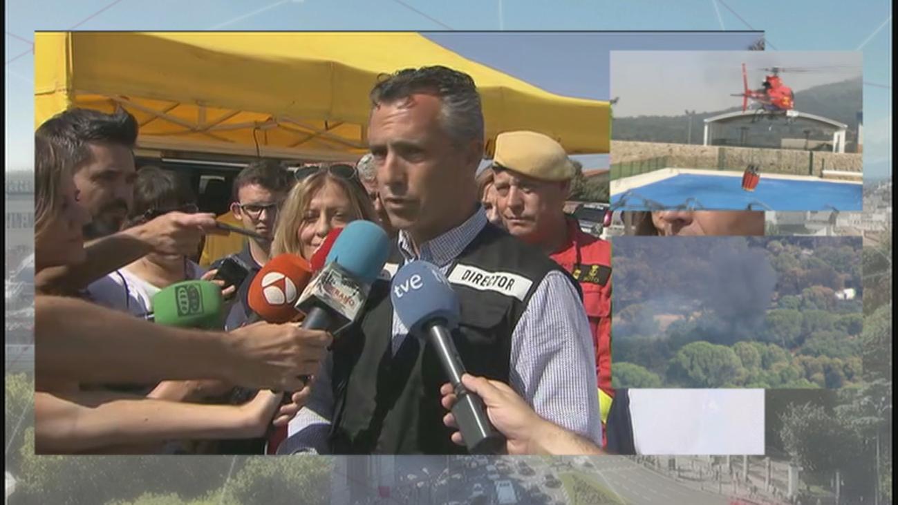"""Carlos Novillo: """"Esperamos poder estabilizar el incendio al final del día"""""""