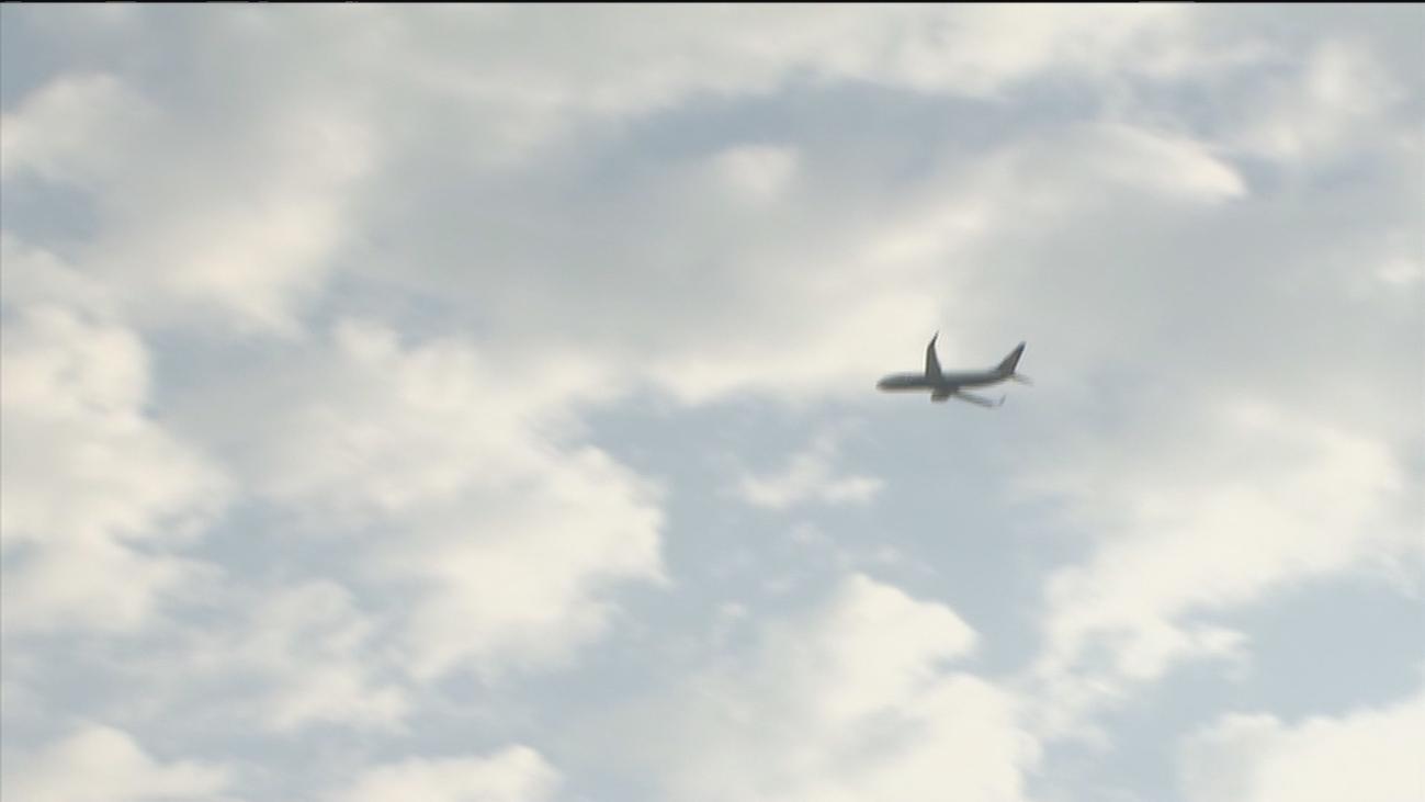 Quejas por el ruido de los aviones en Velilla de San Antonio