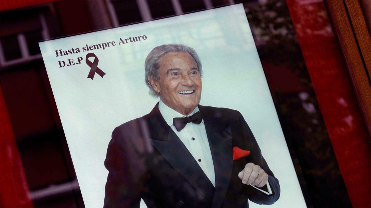 El mundo de la cultura despide a Arturo Fernández