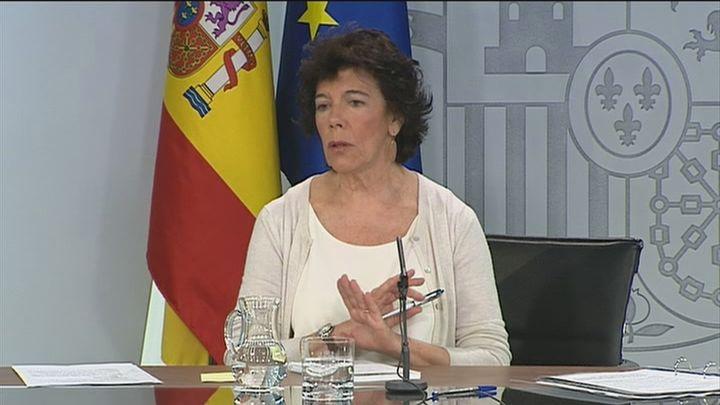 """La Junta Electoral insta a Celaá a evitar valoraciones """"electoralistas"""" tras los Consejos de Ministros"""