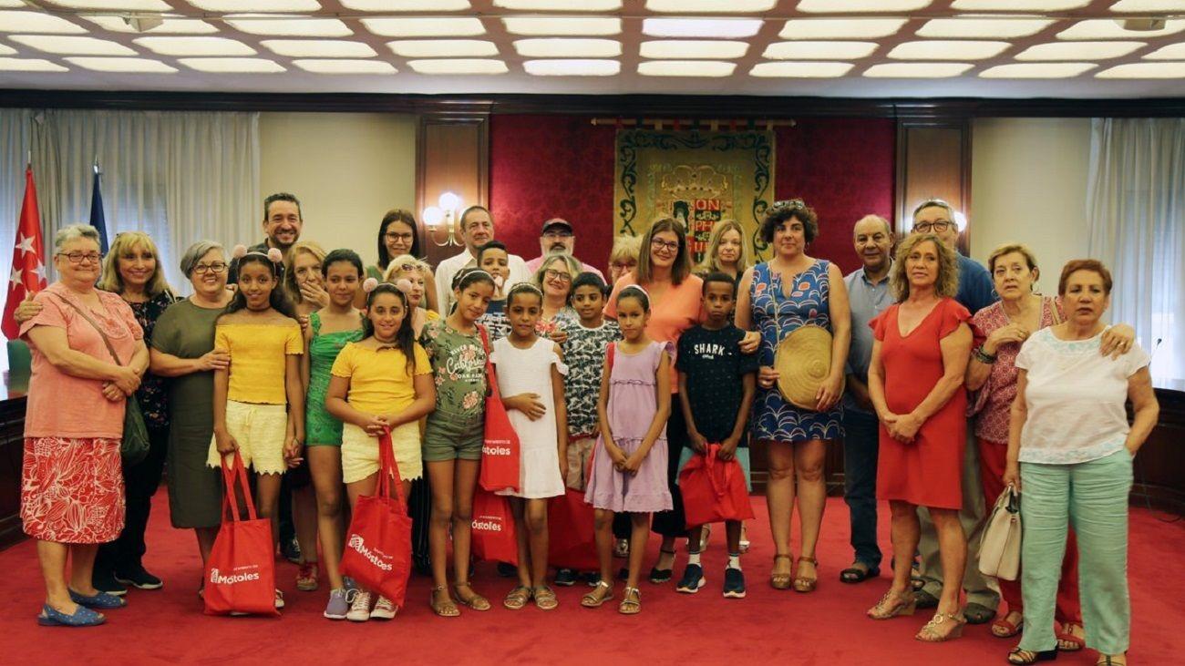 Niños saharauis a su llegada a Móstoles