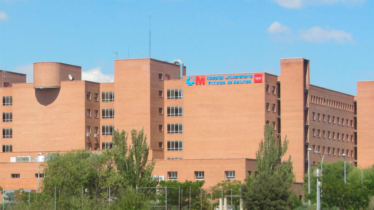 Denuncian al Hospital de Alcalá de Henares por el tratamiento a una paciente con enfermedad degenerativa