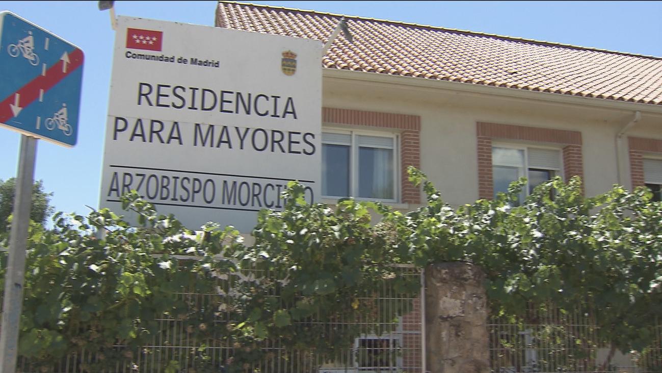 Trasladados a La Paz 3 ancianos de la residencia de Soto del Real cerrada
