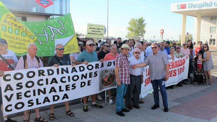 Vecinos de San Fernando y Coslada exigen soluciones a la línea 7B del Metro