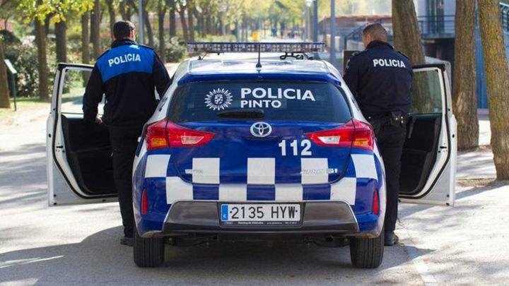 Detenidas en Pinto dos mujeres por robar ropa por valor de más de 600 euros con un carro de bebé