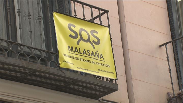 Los vecinos de Malasaña denuncian que el botellón ha vuelto a la Plaza Dos de Mayo