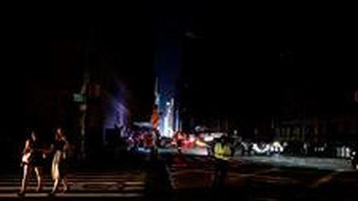 Manhattan recupera la normalidad tras el apagón que dejó a 72.000 hogares sin luz
