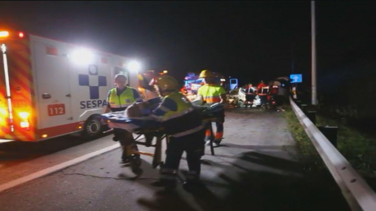 Un muerto y 5 heridos en un accidente múltiple en Gijón