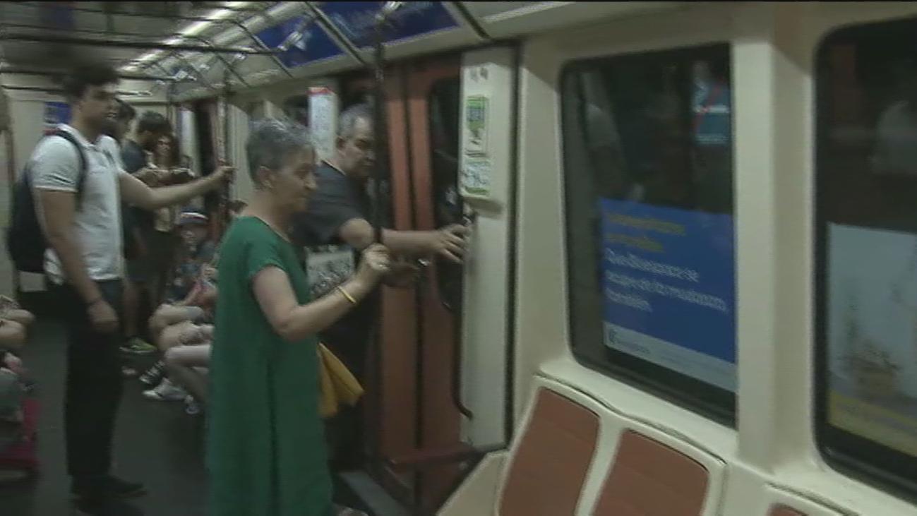 Así actúan los carteristas en el metro de Madrid