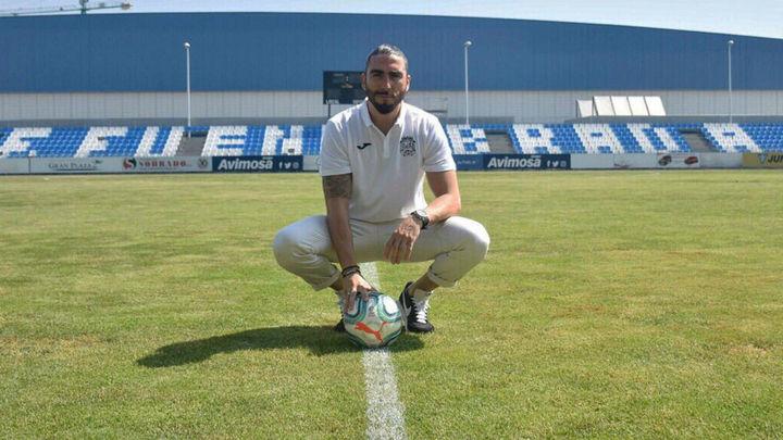"""Chico Flores: """"Venir a un club como el Fuenlabrada motiva mucho"""""""