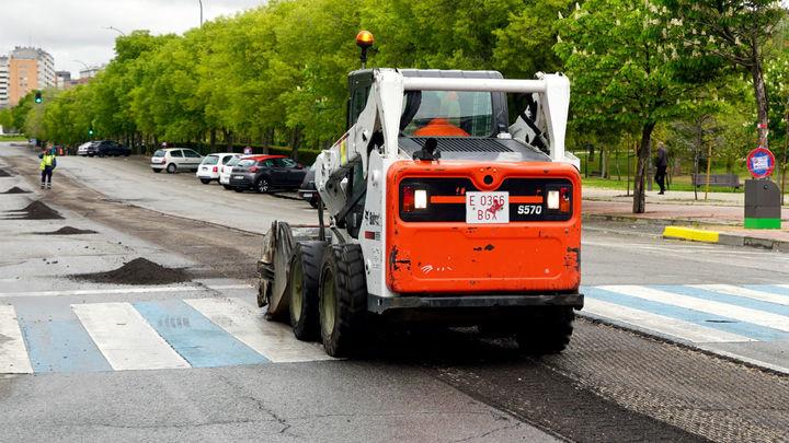 Móstoles destinará un millón de euros al asfaltado de una veintena de calles