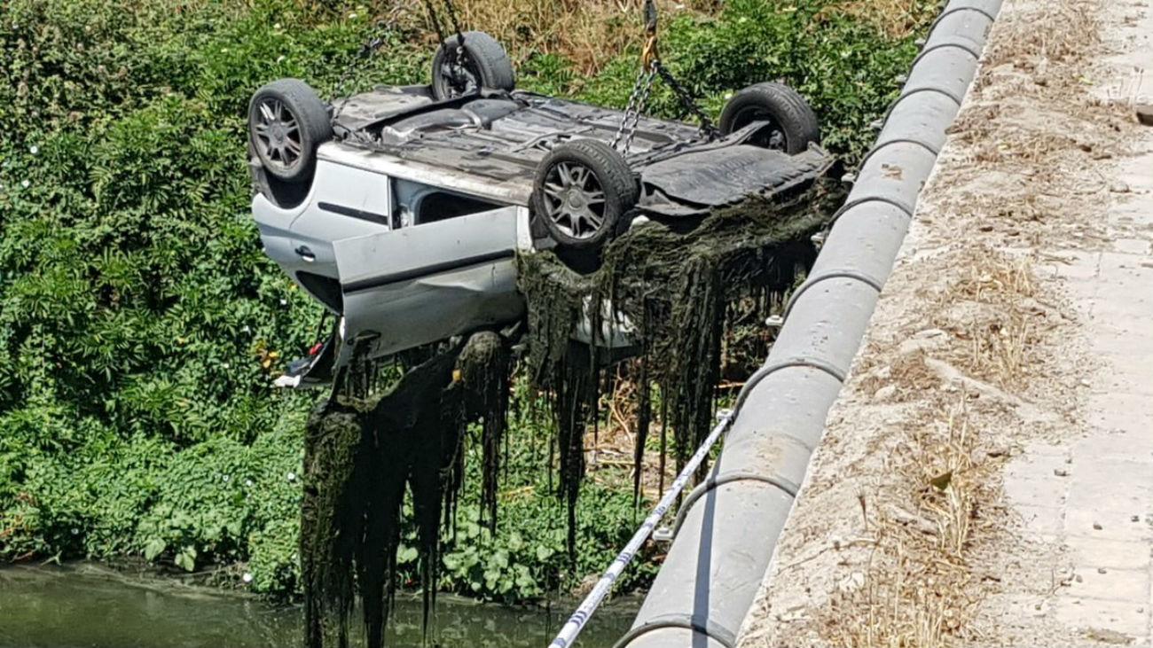 Coche rescatado del río Manzanares