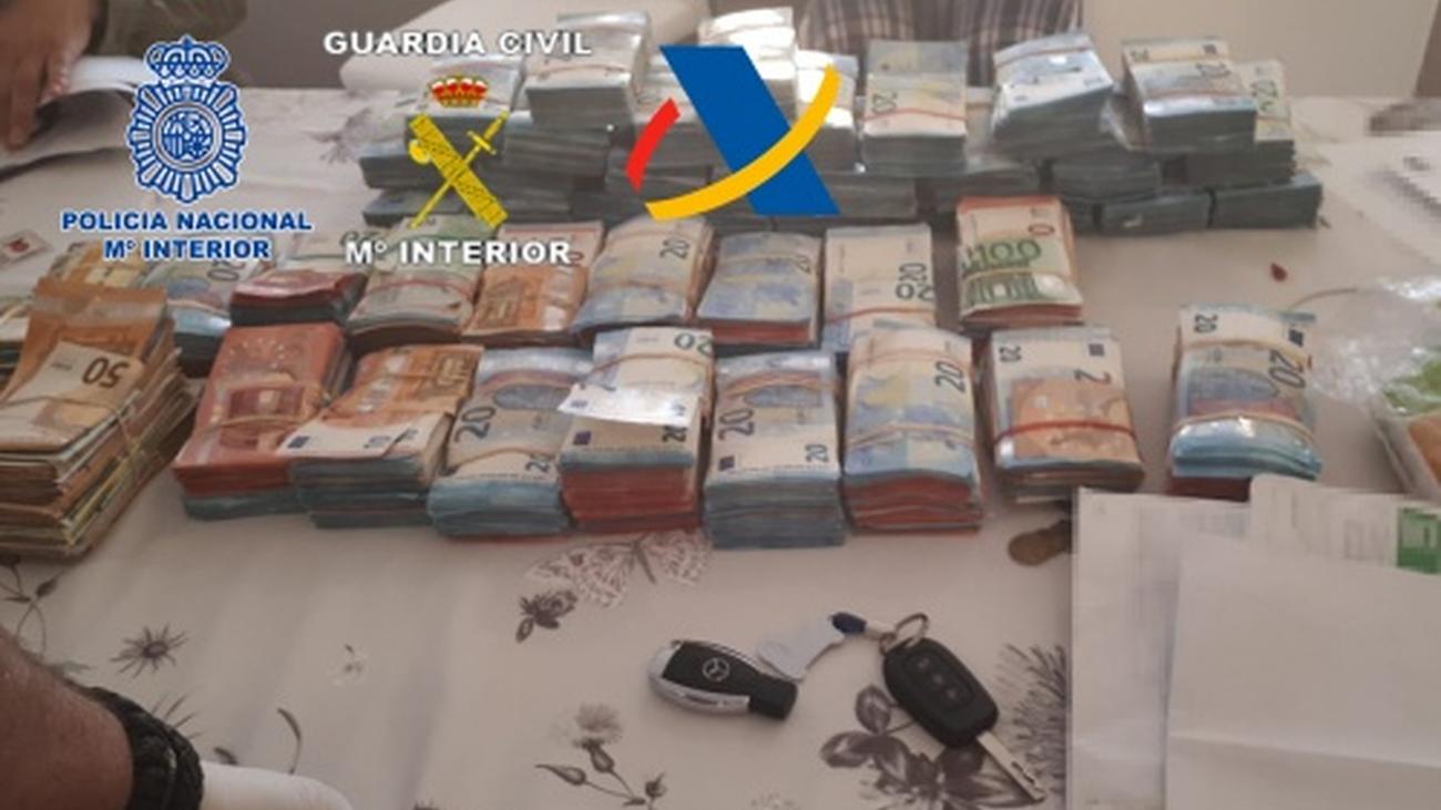 Cae una red de narcotráfico con 23 detenidos y 16.000 kilos de hachís