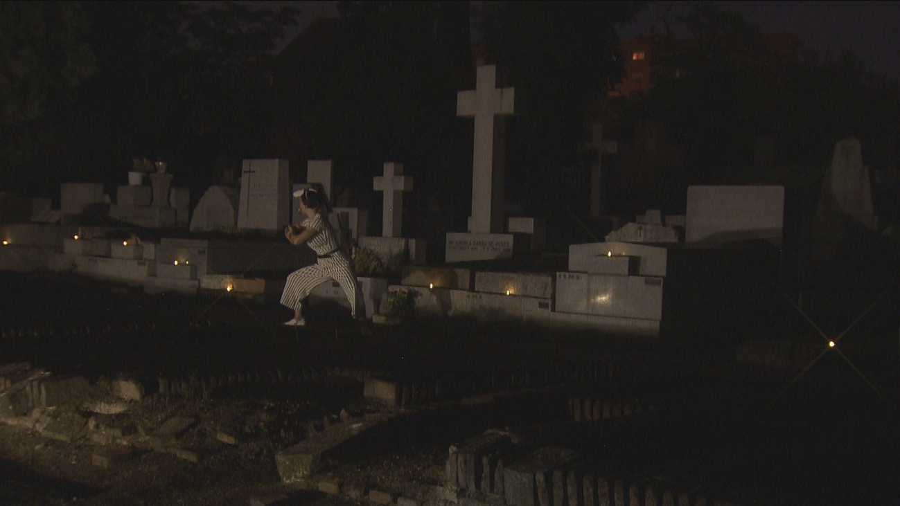 ¿Te gusta el terror? Pasa una noche de miedo en el cementerio