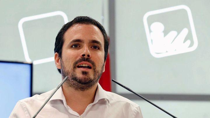 Garzón consultará a las bases de IU su posición sobre la investidura