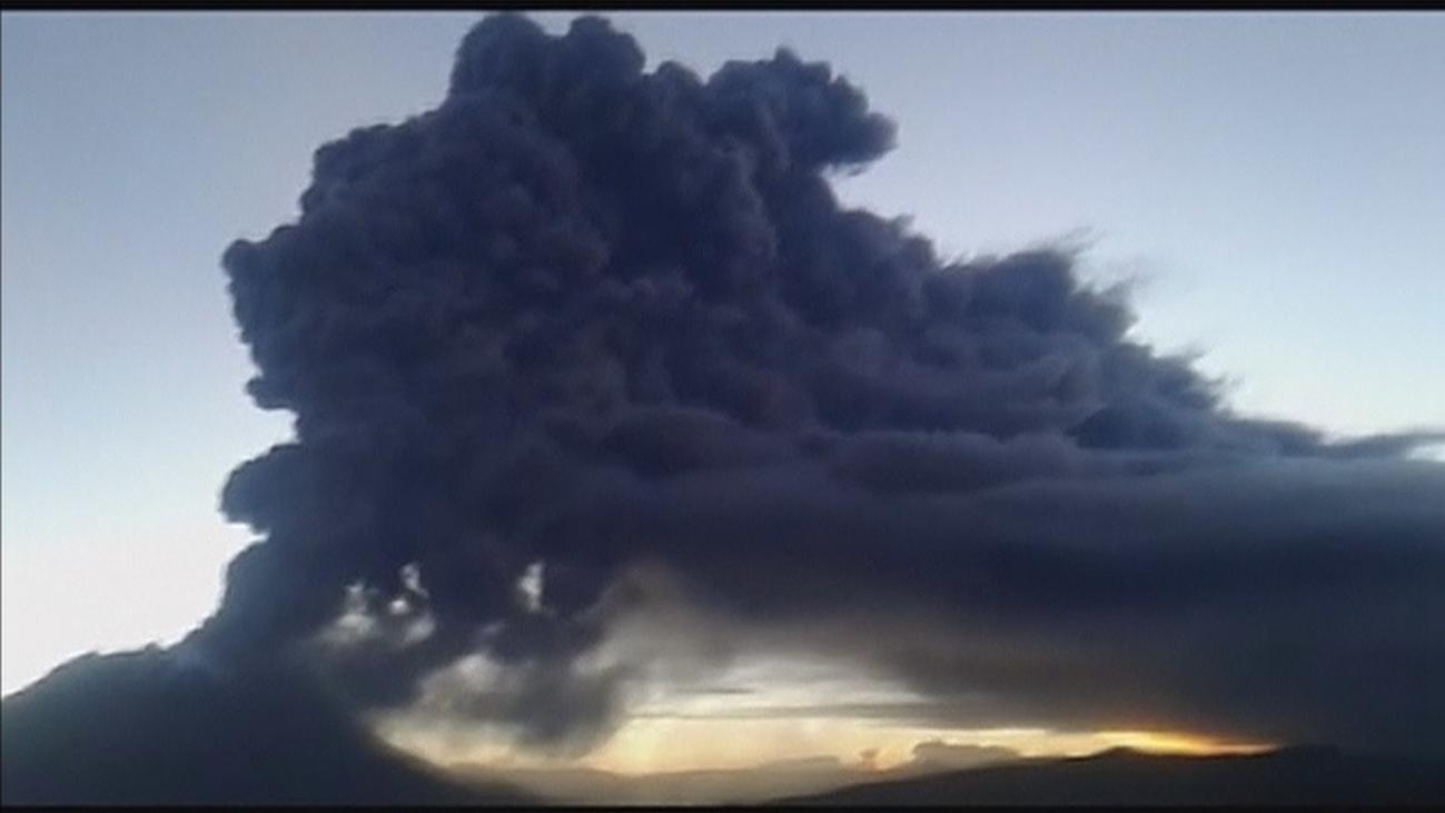 Más de 1.000 personas afectadas en Perú tras la erupción del Volcán Ubinas