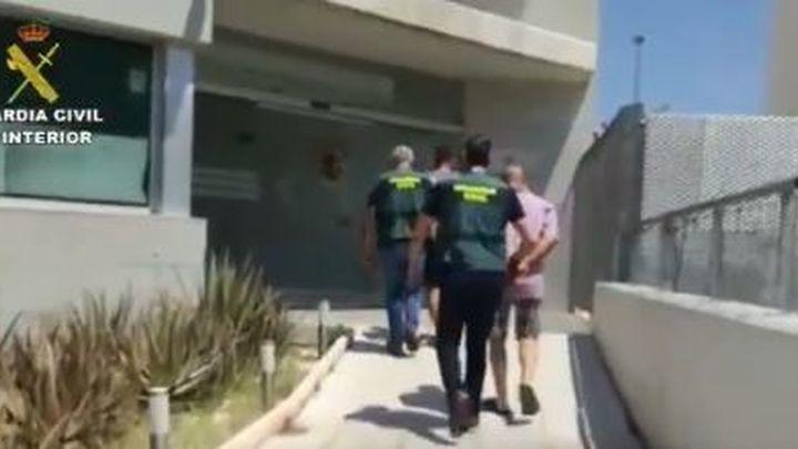Dos detenidos en Alicante por apropiarse de más de 200.000 euros de una anciana que fingían cuidar