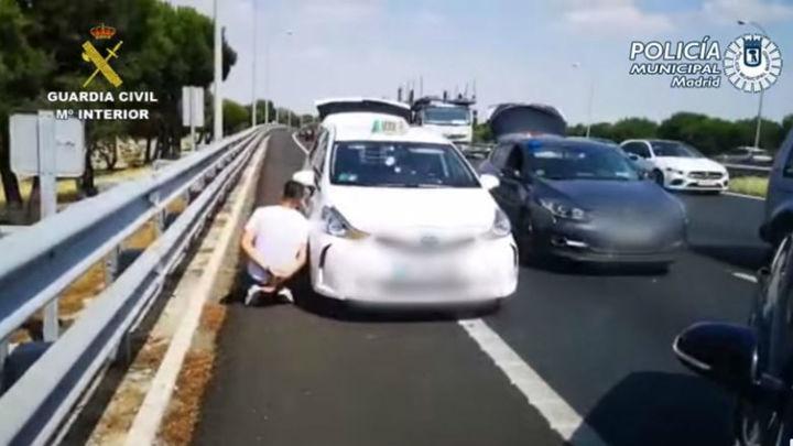 Dos detenidos en Madrid por transportar ocho kilos de marihuana en un taxi