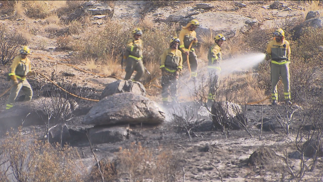Fin a unas horas de pesadilla por el incendio forestal en El Berrueco