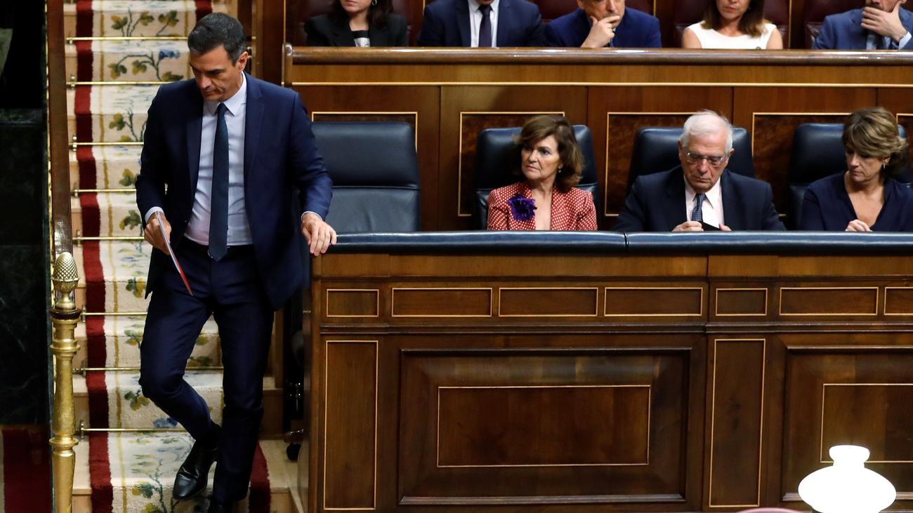 """Pedro Sánchez reprocha a Pablo Iglesias que """"quiere controlar la totalidad del Gobierno"""""""