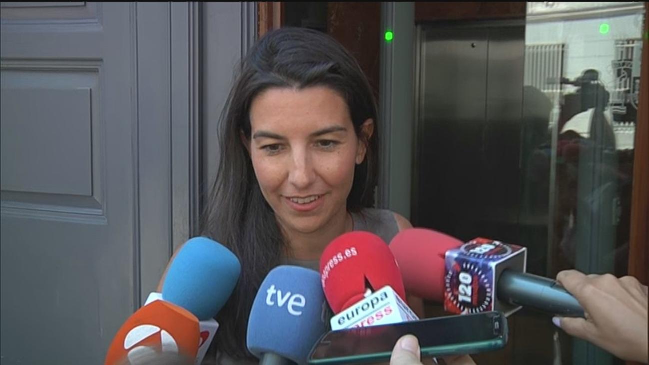 Monasterio dice que espera una reunión a tres para desbloquear Madrid
