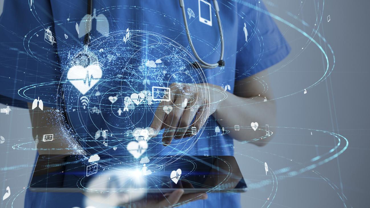 Tele-ictus, la nueva forma de atender a los pacientes por videollamada