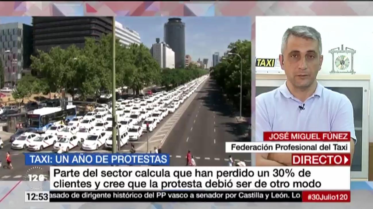 Los taxistas piden una regulación de las VTC y denuncian un incremento de estas licencias
