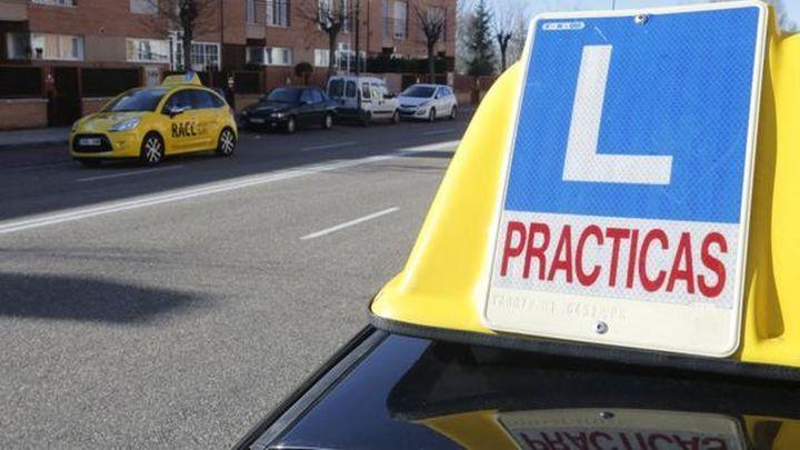 Sacarse el carnet de conducir podría encarecerse mucho más