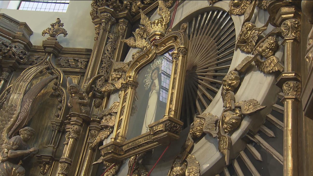 Últimos ensayos antes del descenso del cuadro de la Virgen de la Paloma