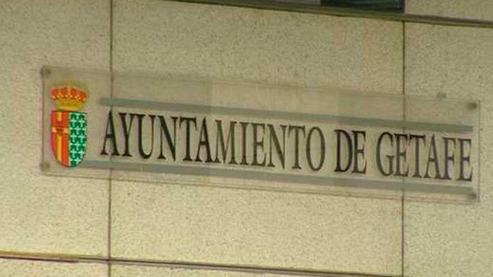 Hasta 750 euros de multa por tirar al suelo chicles, papeles y colillas en Getafe