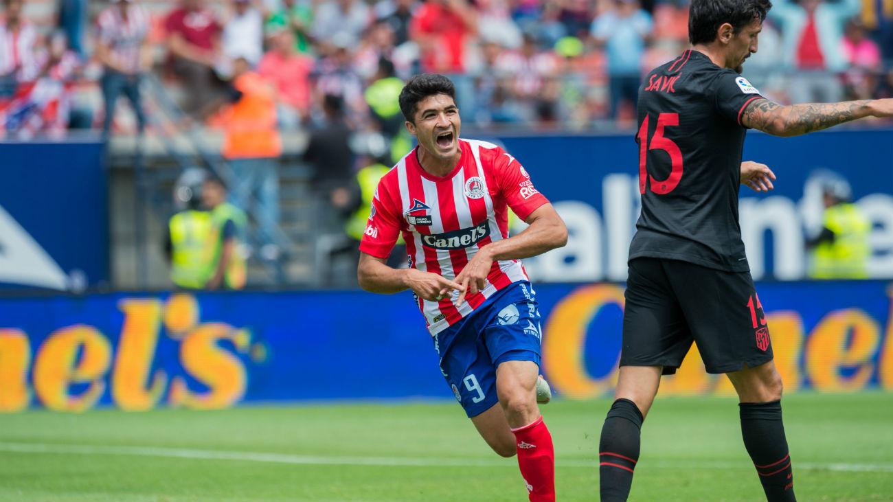 Gol de Nico Ibáñez, del Atlético de San Luis, al Atleti (1-0)