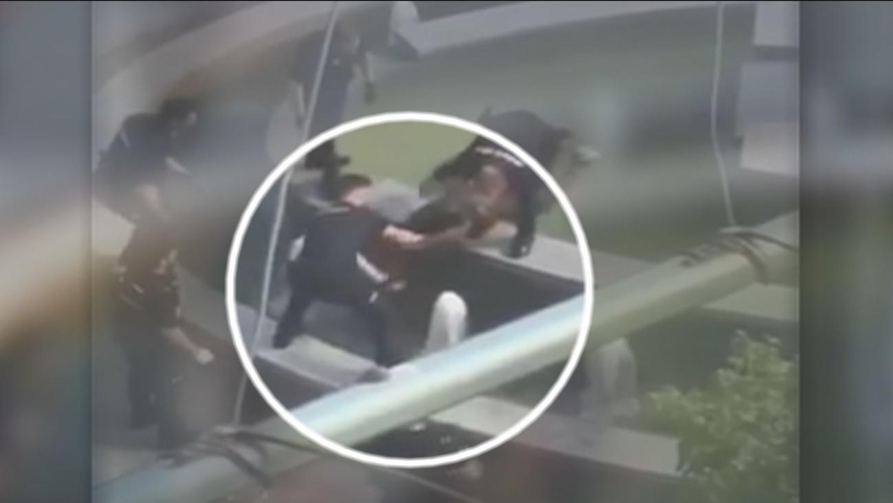 Detenido un joven que se bañaba en una fuente de Usera