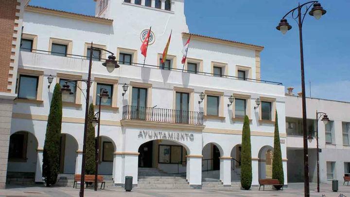 San Sebastián de los Reyes homenajea a poetas como Lorca y Machado con 80 banderolas
