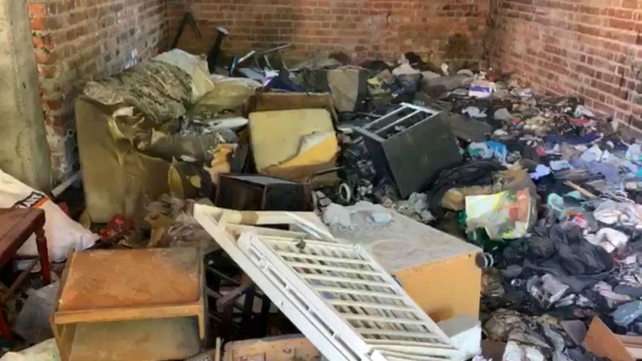 Convierten un local abandonado en un auténtico foco de infección en Vicálvaro
