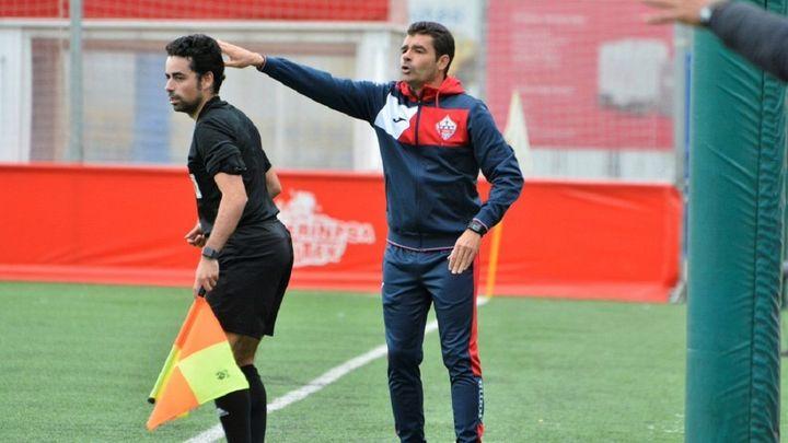 Así es Manolo Cano, entrenador del Sanse