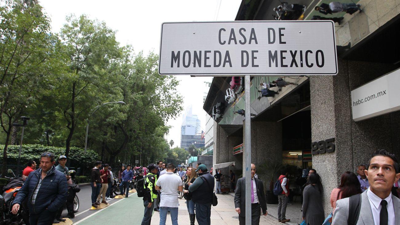 Cada de moneda de México