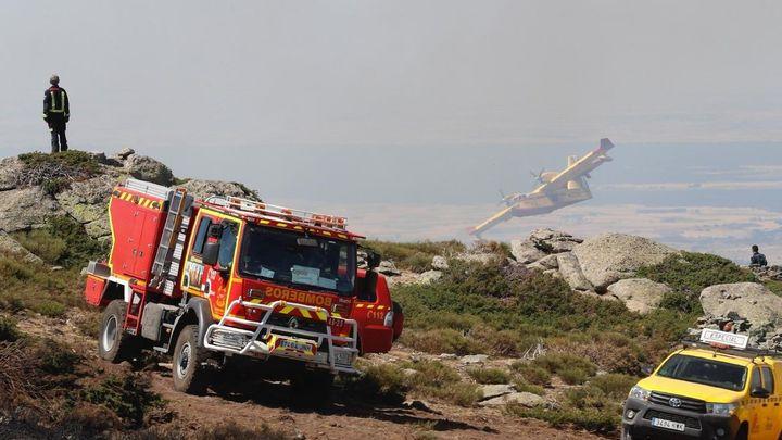 Estabilizados los fuegos de La Granja y Miraflores tras quemar 900 hectáreas