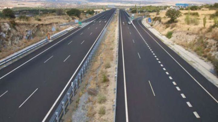 El Gobierno plantea poner en marcha un peaje para autopistas
