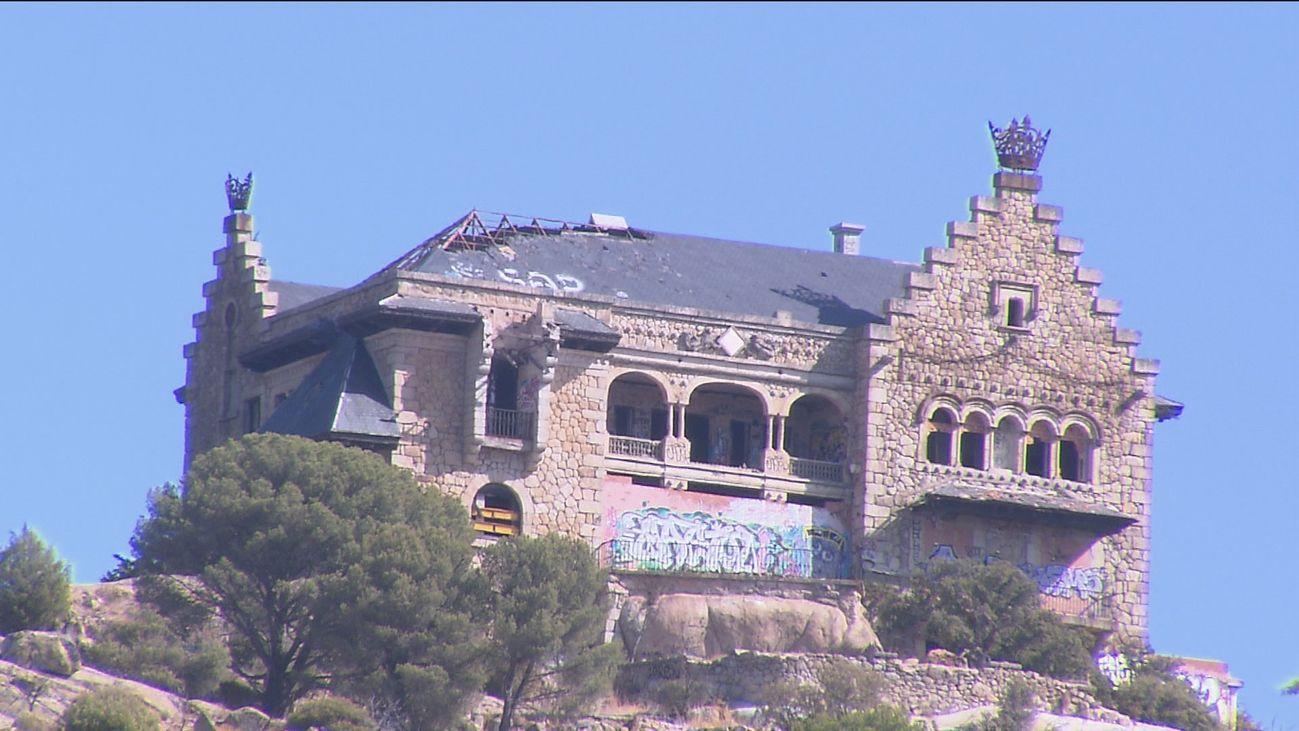 Multa a los dueños del  palacio del Canto del Pico de Torrelodones por su abandono