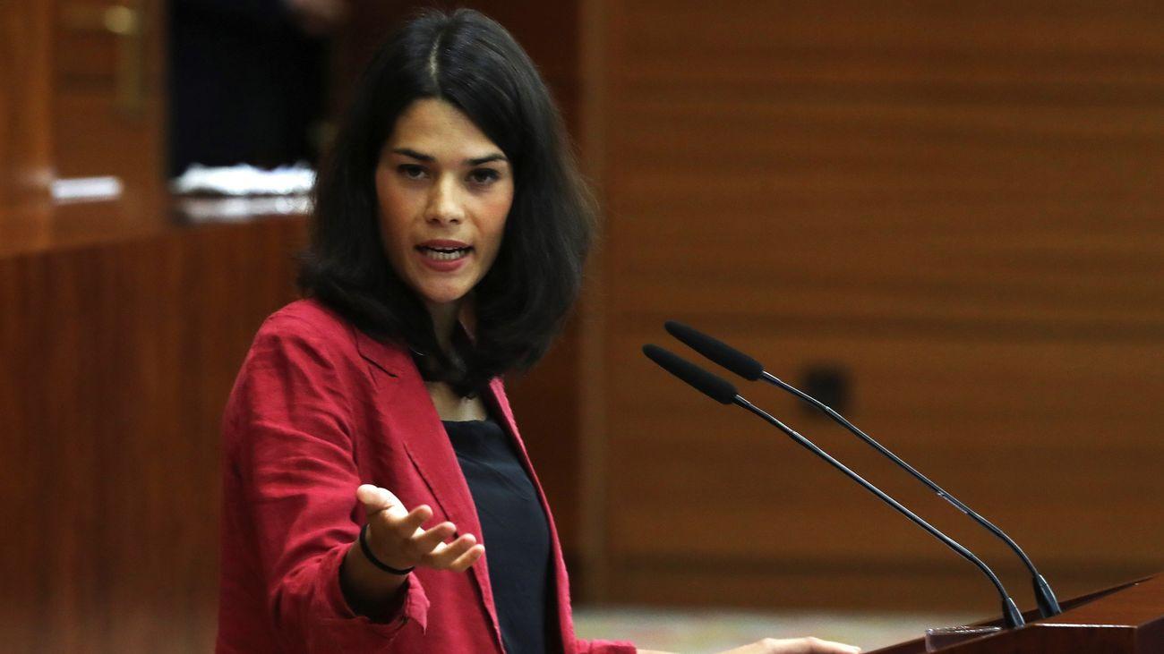 Isa Serra abrió el debate en la segunda jornada del pleno de investidura de Díaz Ayuso