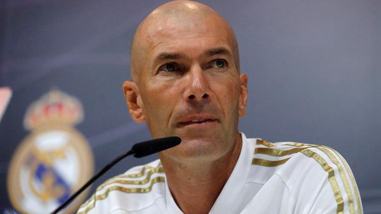 """Zidane: """"James está en forma y estoy contento con tenerlo"""""""