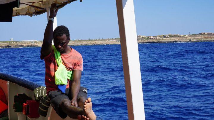 La fiscalía italiana ordena la incautación del 'Open Arms' y el desembarco de migrantes