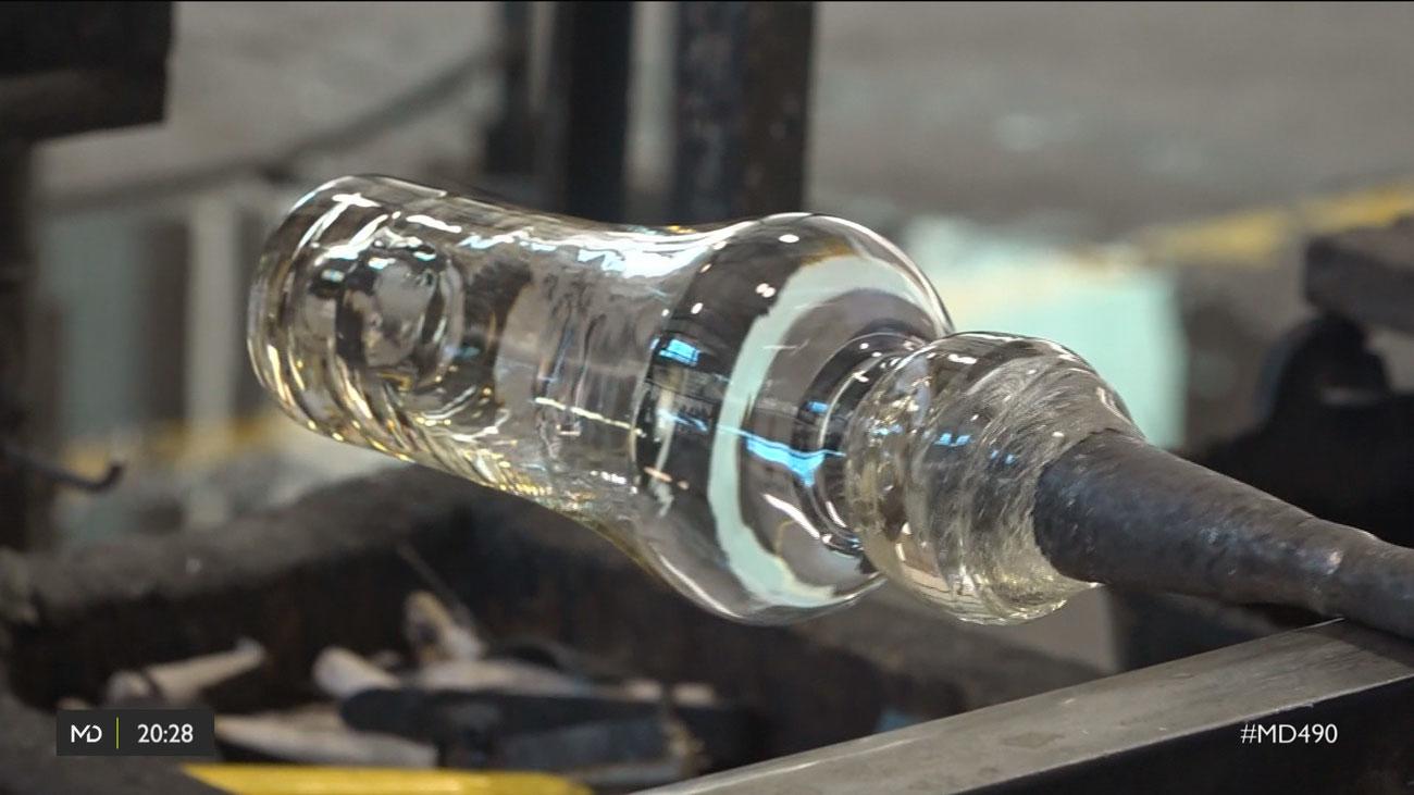 Sopladores de vidrio, un oficio en peligro de extinción